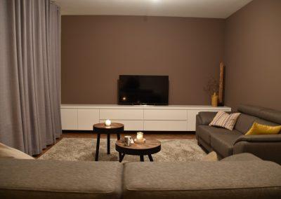 Hangend tv meubel op maat met laden en deuren