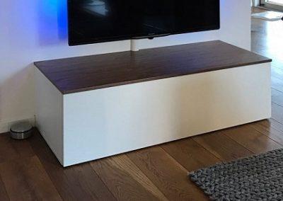 Tv meubel staand met noten bovenblad