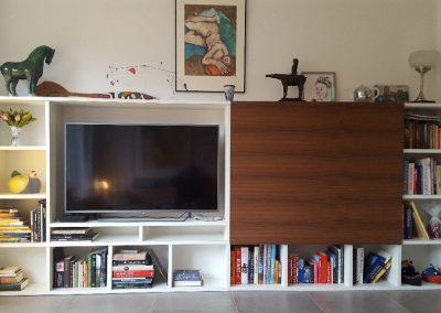 tv meubel met schuifdeuren open